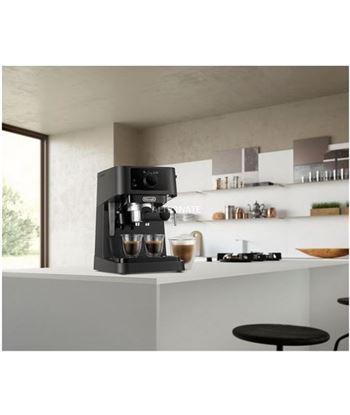 Delonghi EC230BK cafetera express stilosa 15bares negra - 8004399334571