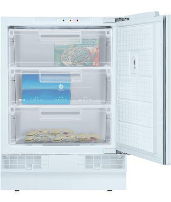Congelador vertical  Balay bajo encimera (82x60) 3GUB3252